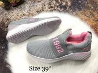 Giày Skechers 40